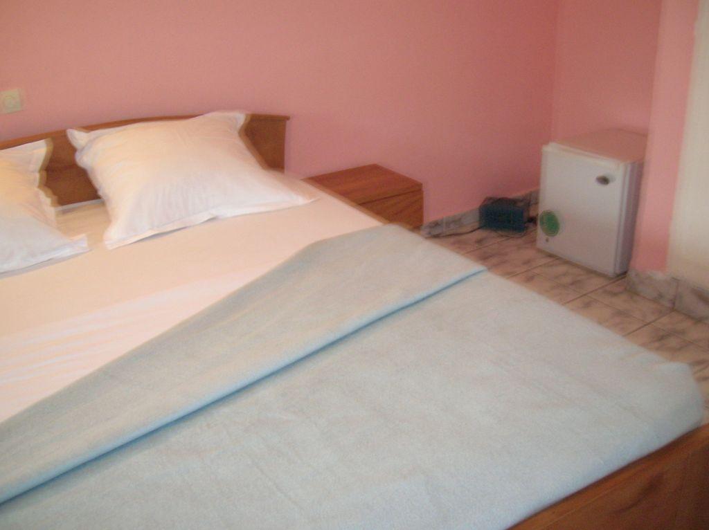Nos chambres pointe noire centre ville for Chambre commune